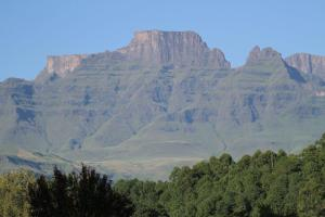Cathkin Peak from Dragon Peaks